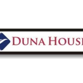 Duna House Ingatlaniroda - Mester utca